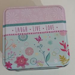 "Boîte à savon ""Laugh live love"""